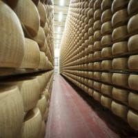 Parmigiano Reggiano, buone notizie dagli Usa: niente dazi al 25%