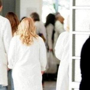 Coronavirus, Ausl Parma sospende lo screening gratuito per i tumori al colon-retto