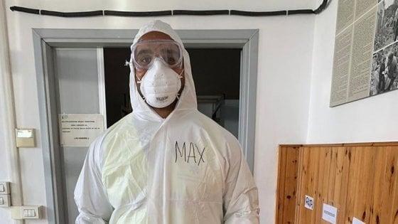 Coronavirus, a Parma il rugbista azzurro Mbandà volontario sulle ambulanze