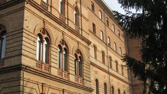 """""""Dai saveriani siamo intervenuti ma il Covid già circolava. Contagi così mortali anche in altre strutture di Parma"""""""