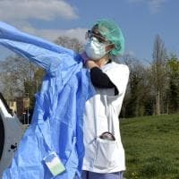 Coronavirus, a Parma i medici assistono a casa - Foto