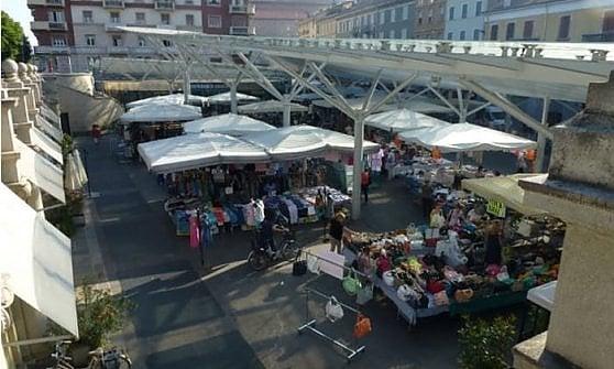 Parma, riaprono i mercati. Banchi in piazza della Pace e via Bodoni