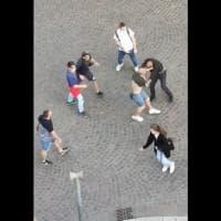 Parma, furibonda rissa in piazzale Picelli - Foto