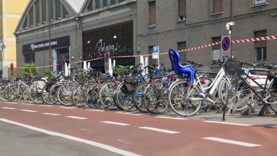 Parma, il Comune: 300 nuove rastrelliere antifurto per biciclette