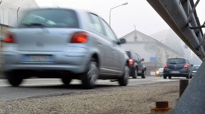Smog, slitta a gennaio 2021 il blocco dei mezzi diesel euro 4