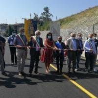 Tizzano: ha riaperto dopo sette anni la strada Massese al Boschetto
