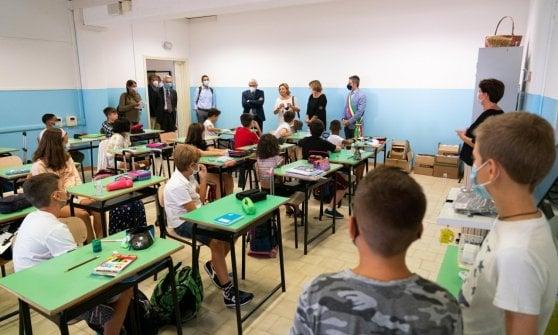 Scuola, a Parma una piantina in dono ai piccoli alunni per festeggiare l'avvio