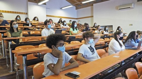 Parma, all'università le prime lezioni in presenza
