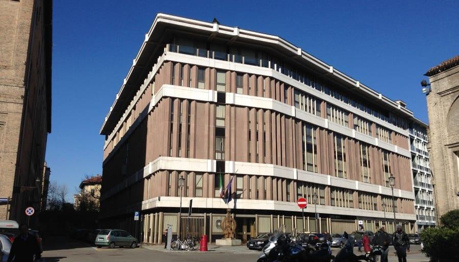 Camera di Commercio di Parma: oggi decadono gli organi ma il commissario non c'è