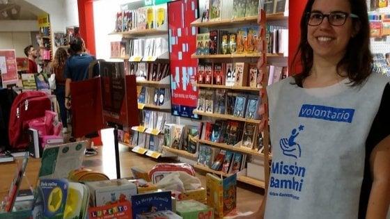 Parma, un un weekend per regalare libri, quaderni e penne agli studenti in difficoltà