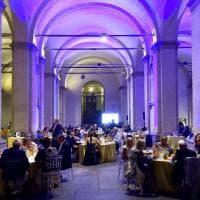 Parma incontra Genova: un successo la cena solidale sotto i Portici del Grano - Foto