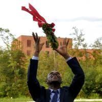 Fuggito dalla Nigeria, Gospel si è laureato all'università di Parma - Foto