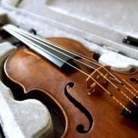 Parma, il violino Nicolò Amati del 1675 trovato dalla polizia - Foto