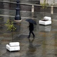 Parma, in piazza c'è la Panchina post-pandemica