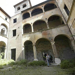 Regione Lazio, da Palazzo Nardini alla villa di Ponza 662 immobili da valorizzare o vendere