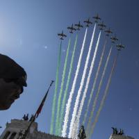 2 giugno, le Frecce Tricolori sorvolano i Fori