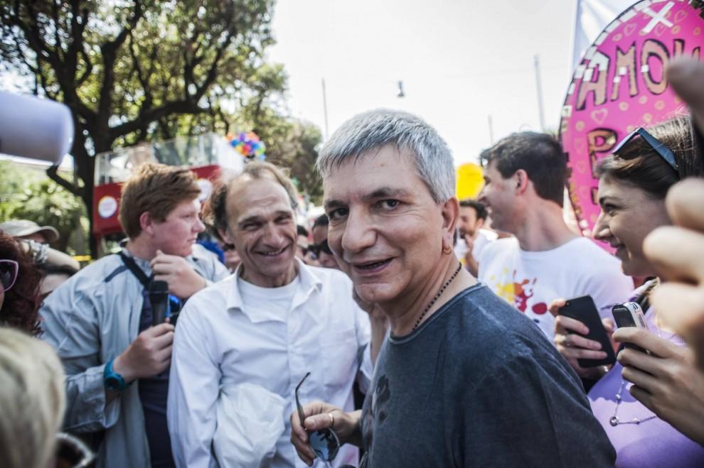 Roma Pride, in corteo Vendola con il compagno