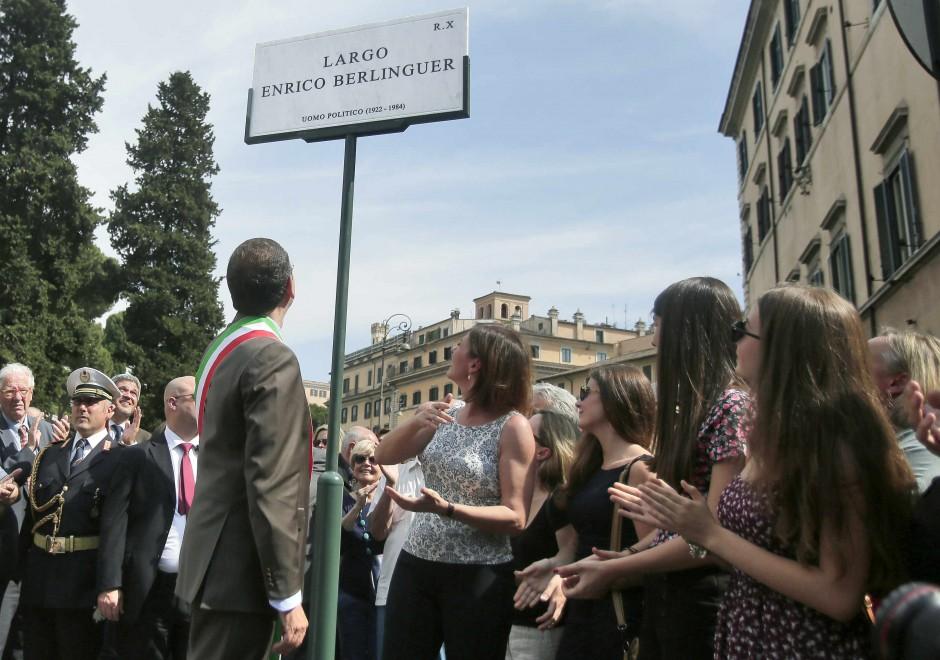 A Roma l'inaugurazione di 'Largo Enrico Berlinguer'