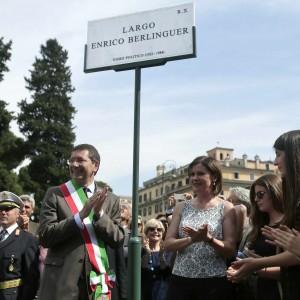 A Roma 'Largo Berlinguer': una piazza vicino via delle Botteghe Oscure, storica sede del Pci