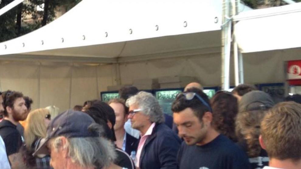 Dal selfie dell'ambasciatrice a Grillo. Parterre vip per i Rolling Stones