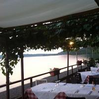 Tavole gourmet in riva al lago, golose evasioni di fine estate