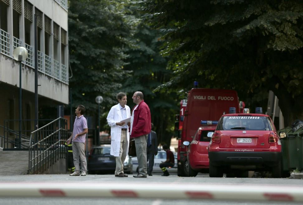 Incendio all'Umberto I, medici e pazienti evacuati
