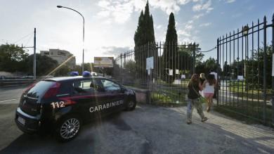 Casilina , rissa nel parco: ucciso un uomo l'omicidio davanti a bambini e passanti   Foto