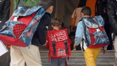 Ritorno in classe per 523mila studenti e tour 'romano' dei ministri tra i banchi