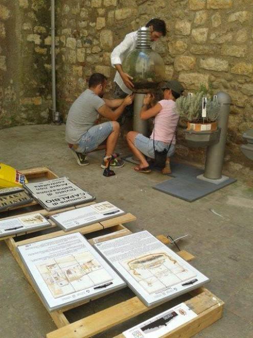 Capalbio nel centro storico gli arredi riciclati 1 di 6 for Centro convenienza arredi roma est
