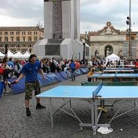 Solidarietà e spettacolo per il torneo di ping pong
