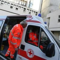 Via Borgognona, cade da impalcatura: operaio ferito