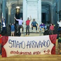 Corteo scuola a Roma, flash mob al Miur e Colosseo