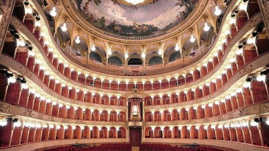 Opera, licenziato sindacalista: 'Truffava  il teatro'. Volantini al 'Rigoletto'    Foto