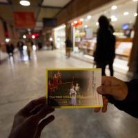 Opera, la protesta degli orchestrali sul red carpet del Festival del Film
