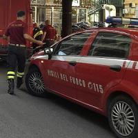 Incendio in un appartamento a Roma, muore una donna