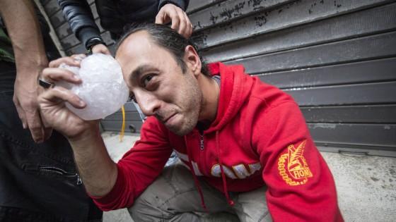 Corteo degli operai delle acciaierie di Terni, scontri in piazza Indipendenza: 4 feriti