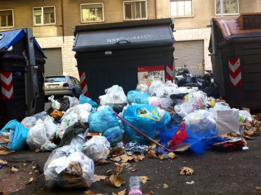 Da Primavalle a Montesacro, Roma nord sommersa dai rifiuti