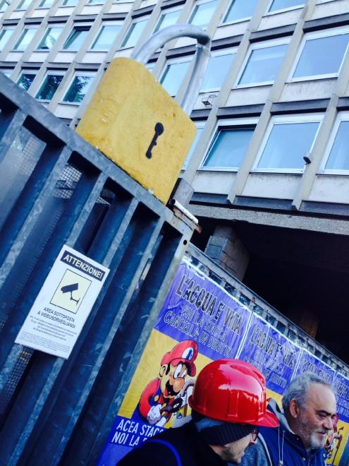 Sciopero sociale, blitz degli attivisti-Super Mario agli ...
