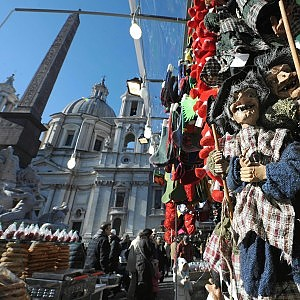 Piazza Navona, vince il Natale della tradizione: bocciata la mozione per l'aumento dei banchi