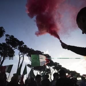 Infernetto e Ostia, ancora proteste anti-immigrati: in piazza residenti con Casapound