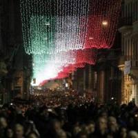 Roma si illumina per Natale, dal centro alla periferia arrivano luminarie