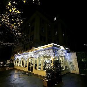 Pizzerie dei Parioli e palestre all'Olgiata: sotto la Cupola anche il commercio