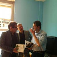 """Mafia capitale, il sindaco: """"Mai parlato con Buzzi"""". Ma spuntano foto con lui: """"Solo una visita in campagna elettorale"""""""