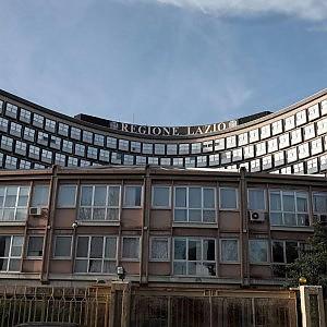 Intesa Regione-sindacati: l'Irpef calerà per i redditi tra 28 mila e 35 mila euro l'anno