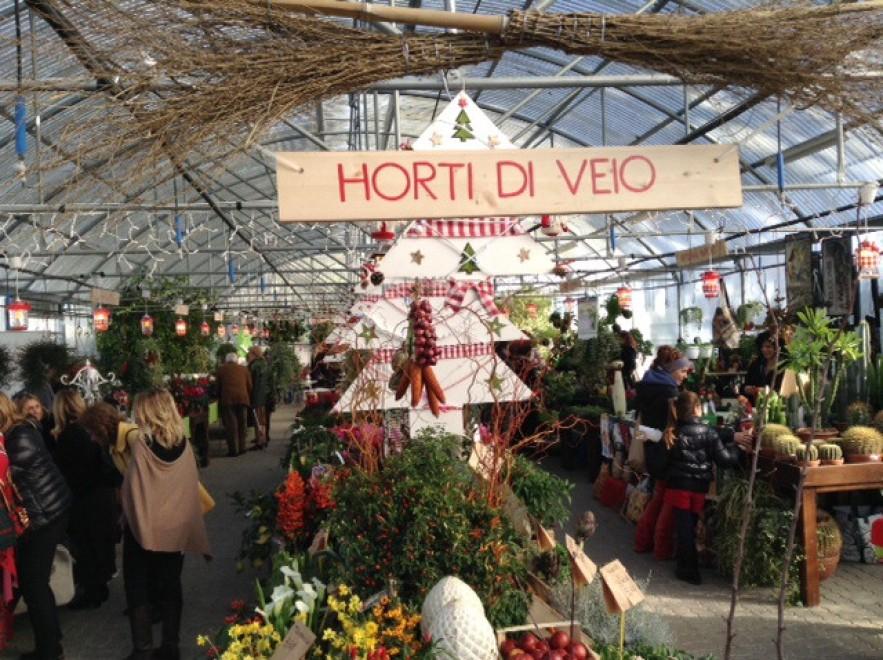 Dolci e bijoux il mercatino natalizio agli horti di veio for Il mercatino roma