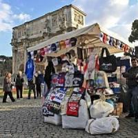 Commercio, a fine gennaio via bancarelle e urtisti dal centro storico