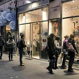 """L'allarme dei commercianti: """"Il nostro Natale più nero abbiamo finito anche i risparmi"""""""