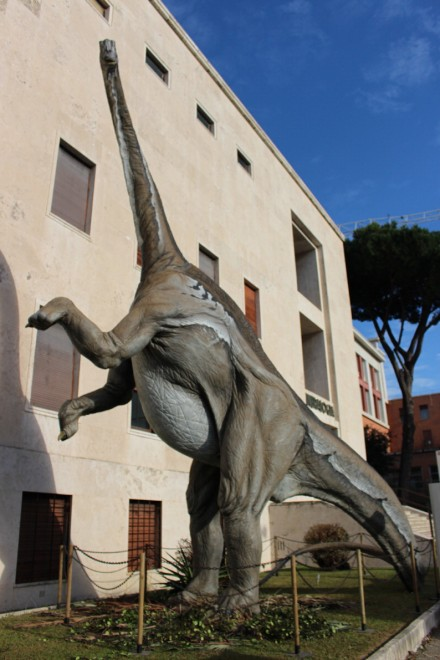 "La Sapienza ""invasa"" dai dinosauri"