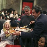 Sant'Egidio, in 500 alla tavolata di Natale a Trastevere