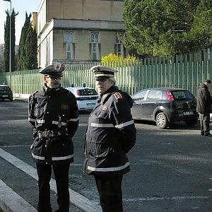 Vertenza vigili, nessuna tregua: oggi decide il prefetto Pecoraro